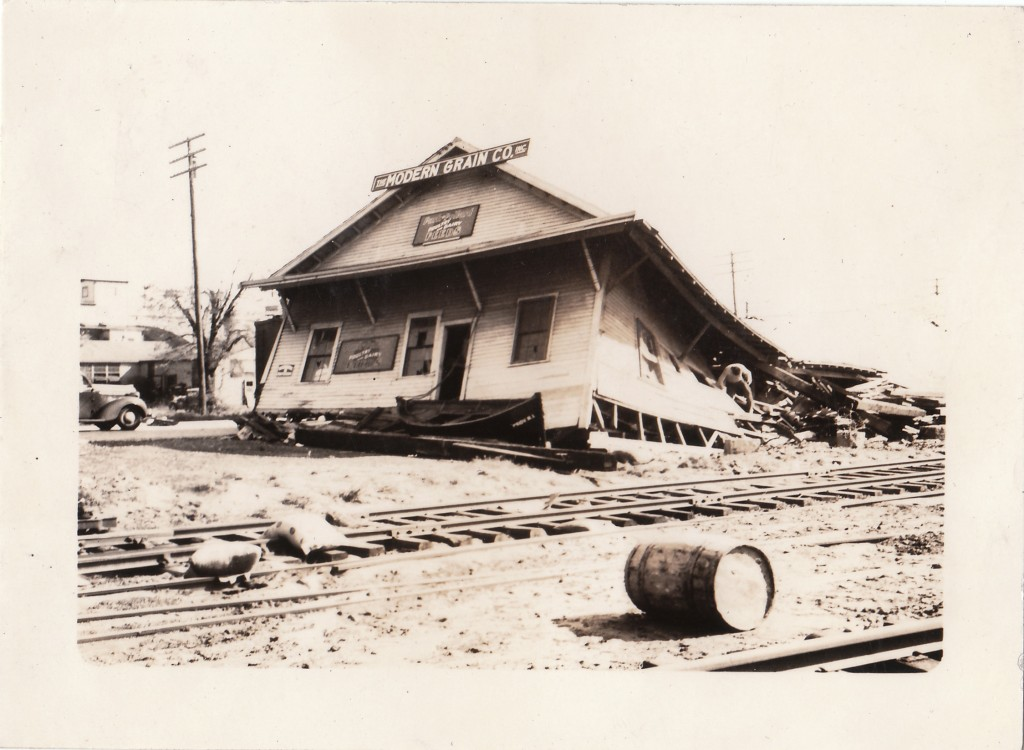 The Modern Grain Company building at India Point in the upper reaches of Narragansett Bay was destroyed by the storm surge. New England Hurricane of 1938.Providence, Rhode Island.
